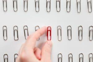 choosing a red paper clip